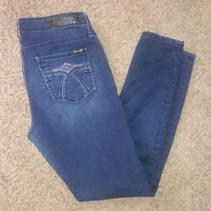 Seven 7 Darkwash Skinny Leggings Jeans Stretch